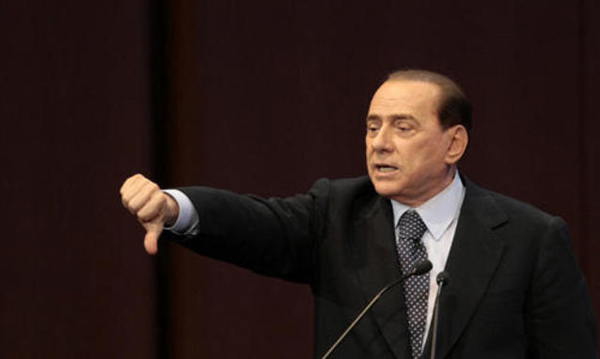 Conte piange, Berlusconi ride (per il suo impero TV)