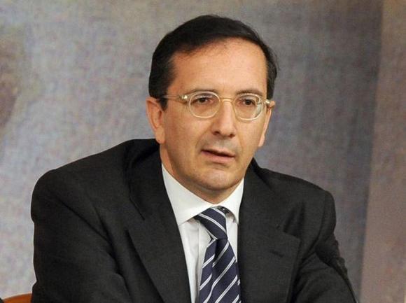 Berlusconi vuole Luisa Todini alla Rai. Luigi Gubitosi sempre più vicino alle Ferrovie dello Stato