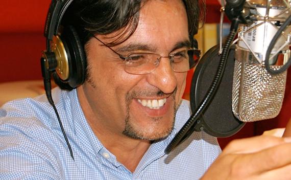 R101 vs RTL 102.5: Paolo Cavallone ironizza sull'ex station manager della radio di Mediaset?