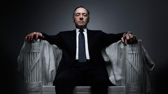 """Netflix si riprende """"House of Cards""""? No, ma un tweet stuzzica Sky – Campo Dall'Orto: """"Via la nera da 'Domenica In'. Costanzo: """"Mi adeguo"""""""