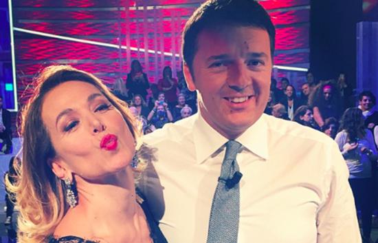 Renzi non si scorda mai degli amici televisivi: dopo aver piazzato la Bignardi a Rai 3, torna da Barbara D'Urso