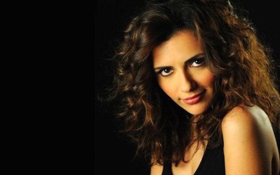 Serena Rossi: Da attrice a conduttrice, la mia ricetta è la spontaneità