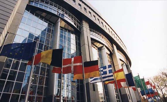 L'Unione Europea detta le nuove regole tv: pubblicità più libera