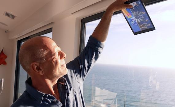 Siglata la partnership tra Vodafone e Sky Online: al via il nuovo spot con Bruce Willis