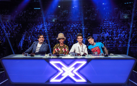 """""""X Factor 9"""": una puntata in più di Audizioni, visibili tre giorni dopo su Cielo e Mtv. Elio annuncia: """"Elio e le storie tese non si sciolgono"""""""