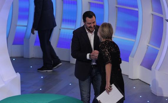 Show del sabato sera: Matteo Salvini da Maria De Filippi, Morgan da Milly Carlucci