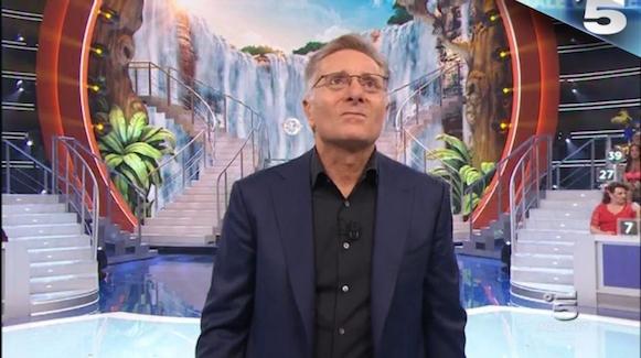 Ascolti TV sabato 28 marzo: vince Canale 5 con Ciao Darwin 8