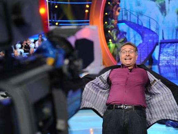 Ascolti Tv 5 agosto vince Ciao Darwin 7 su Canale 5