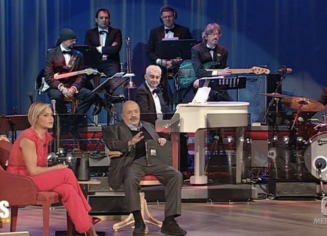 Ascolti Tv analisi 22 maggio: Flop Canale 5, Costanzo record con Ventura, Tv8 e Nove boom