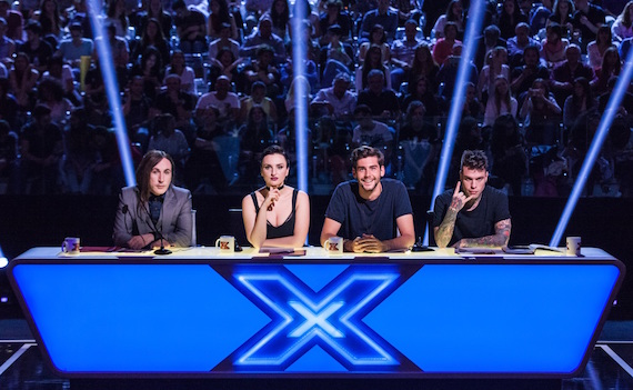http://www.tvzoom.it/wp-content/uploads/2016/09/x-factor-10.jpg