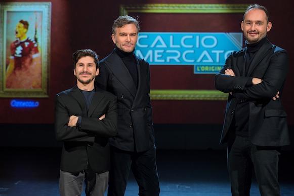 Calciomercato – L'originale torna su Sky Sport, con la sigla di Alessandro Bonan