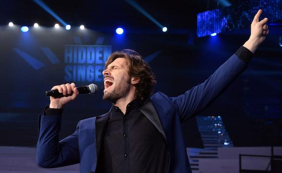 Federico Russo: Porto in tv i grandi della musica con Hidden Singer