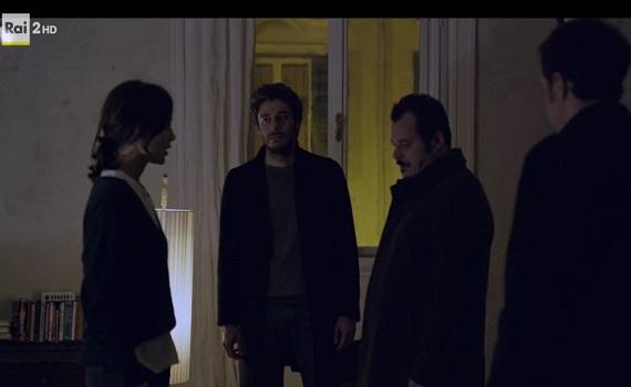 Ascolti Tv 22 febbraio tutti i dati: La porta rossa 3,3 milioni, Ricatto d'amore 3,1, Chi l'ha visto? 2,4