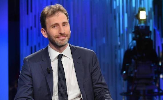 Davide Casaleggio fa flop in tv. Leadership a rischio?