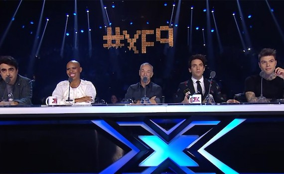 X Factor: la caduta di stile di Linus, che rosica per Rtl 102.5