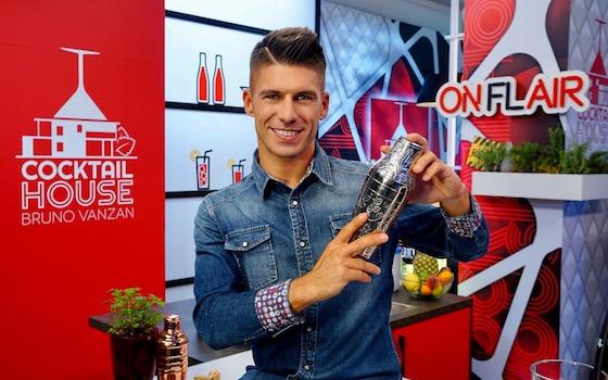 Video – Bruno Vanzan: A Cocktail House 2 vi insegnerò i drink da fare a casa