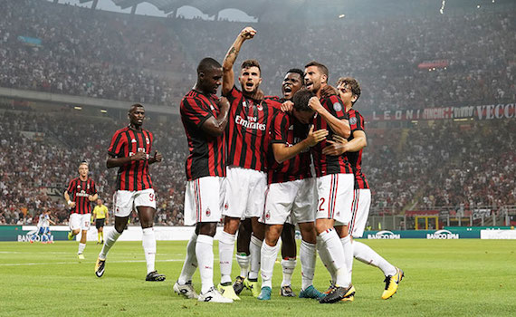 Calcio in Tv: Roma e Milan di coppe, in chiaro su Canale 5 e Tv8