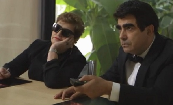 X Factor: Elio celebra Mara Maionchi ed è già tormentone