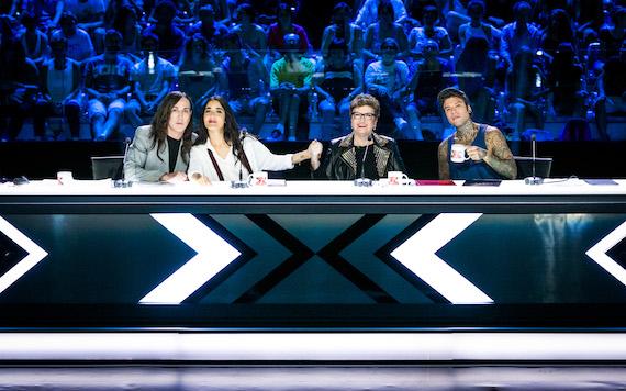 X Factor, piangono le quote rosa: flop Levante, Maionchi star