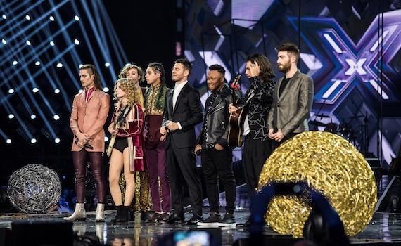 Ascolti Tv 14 dicembre tutti i dati: La strada di casa 5,6 milioni, X Factor boom 2,8, Tre rose di Eva 2,6