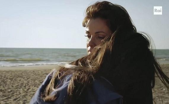Ascolti Tv analisi 19 dicembre: Incontrada è un fenomeno e stacca Napoli, film e Iene. Floris vale Giletti