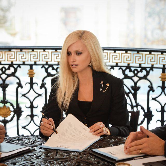 Da questa sera su FoxCrime la contestata serie sull'omicidio Versace