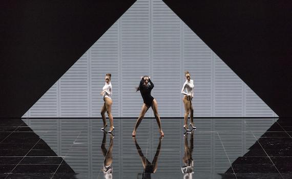 Dance Dance Dance 2 al giro di boa: stasera si fa sul serio