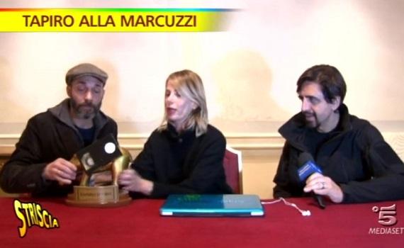Ascolti Tv analisi 20 febbraio: Striscia e Isola boom su Canale 5. SuperFloris con Renzi e D'Alema