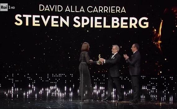 Ascolti Tv analisi 21 marzo: Conti risveglia David con Spielberg e Manetti Bros