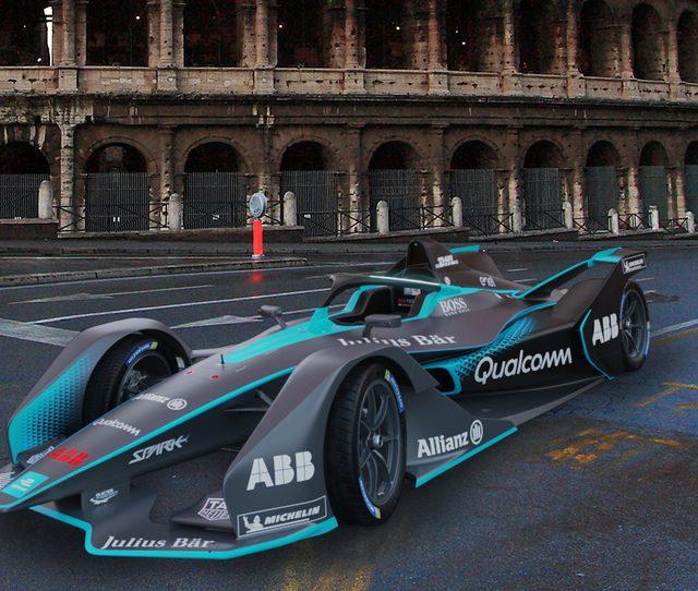 Benvenuti nel futuro: la Formula E a Roma fa volare Italia 1