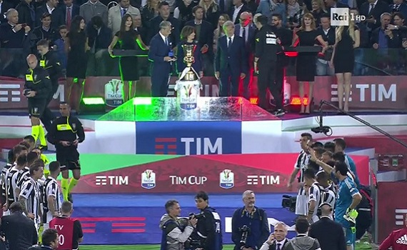 Ascolti Tv 9 maggio tutti i dati: Juve-Milan boom a 10,6 milioni, Chi l'ha visto? batte Tutte contro di lui