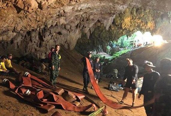 Thailandia 18 giorni per la salvezza: su Nove lo speciale sulla vicenda dei giovani intrappolati nella grotta