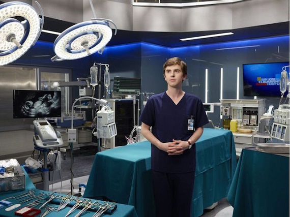 Intrecci sentimentali e medical drama: su Rai2 torna The Good Doctor