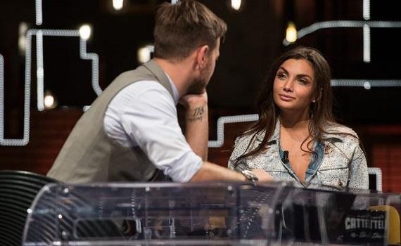 Ascolti tv 16 ottobre digital e pay: Cattelan sale in Lamborghini. Tv8 al top con Jane Fonda e Lindsay Lohan