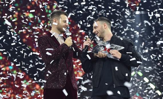 Ascolti tv 13 dicembre digital e pay: Anastasio vince X Factor col 20,8%, 3,1 milioni coi Bowland fuori