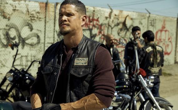 Su Fox la maratona dedicata a Mayans M.C., serie tutta moto, droga e armi