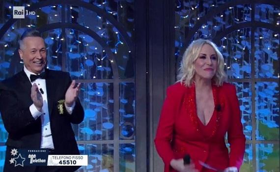 Curve ascolti Tv 15 dicembre 2018: Striscia, Clerici e poi Talenthon eccitano i meter