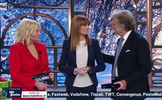 Ascolti Tv 15 dicembre tutti i dati: Telethon-Clerici 3,1 milioni, Il peggiore Natale della mia vita 2,8. Bene Augias con Londra, male Renzi con Firenze