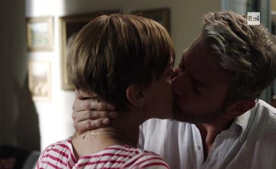 Ascolti tv analisi 2 gennaio: Liskova e Assisi al bacio, Chiambretti si sveglia a mezzanotte