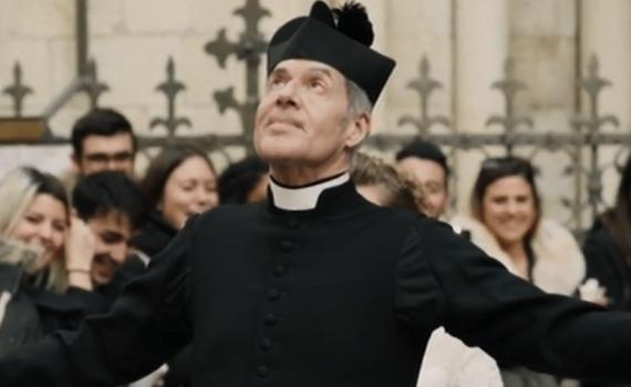 Spot tv: era proprio necessario far recitare Claudio Baglioni nel promo di Sanremo?