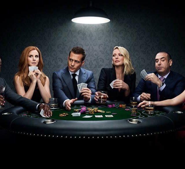 Suits torna questa sera con l'ottava stagione su Premiun Stories