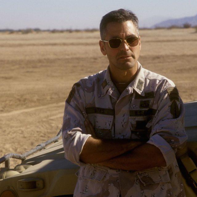Rilasciato il primo trailer dell'attesa serie Catch-22 prodotta, diretta e interpretata da George Clooney