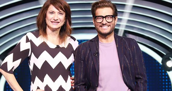 Tanti nuovi ospiti vip per Enrico Papi a Guess my age su TV8