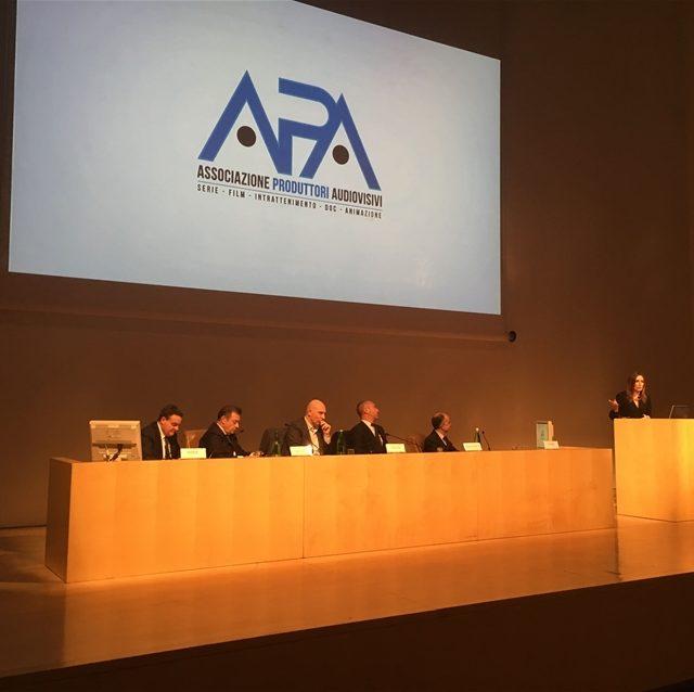 Rai, Mediaset e Sky, uniti dall'Apt per discutere di uno dei pochi settori in crescita del nostro Paese