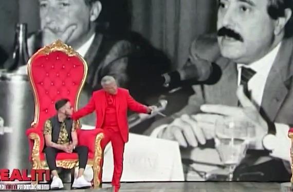 Realiti: Lucci avrebbe dovuto fermare lo show e raccontare la storia di Falcone e Borsellino