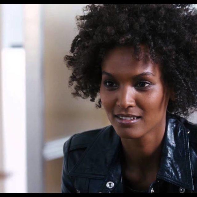 Ascolti TV domenica 28 luglio: vince Canale 5 con il film Fiore del deserto