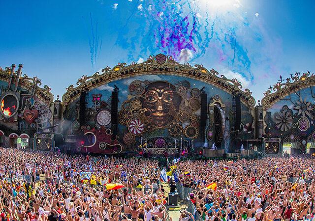 Tomorrowland, il festival di musica elettronica sbarca su Rai4 domenica 28 luglio
