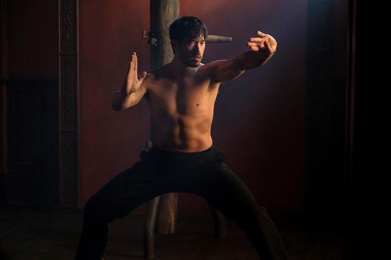 Warrior: su Sky Atlantic un kung-fu drama inseguendo il ricordo di Bruce Lee