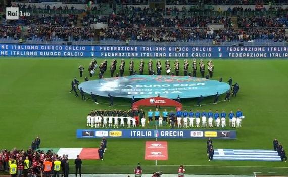 Ascolti Tv 12 ottobre: vince Italia-Grecia con il 32,5%, Adaline al 10,8%