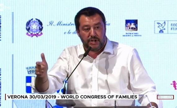 Ascolti tv analisi 21 ottobre: Report al top con Salvini filorusso e l'industria del caffè